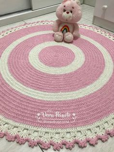New crochet basket free patterns baby blankets ideas Crochet Tablecloth, Crochet Doilies, Crochet Stitches, Baby Blanket Crochet, Crochet Baby, Knit Crochet, Baby Patterns, Crochet Patterns, Knit Rug