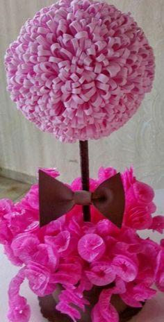 Artesanato em E.V.A... peças feitas com muito carinho para alegrar você ou sua festa!!!