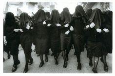 Cristina Garcia Rodero: lo sguardo dei riti popolari ~ Fotografia Artistica Blog G. Santagata
