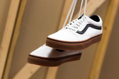 761e8fc503 Vans Old Skool (White Gum)