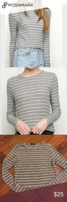 Brandy Melville long sleeve top Brandy Melville long sleeve striped gray and white sweater top. One size. Brandy Melville Tops