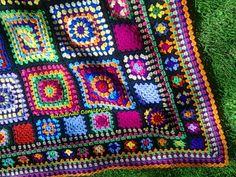 Manta 4 esquinas BC Easy Crochet Blanket, Afghan Blanket, Crochet Granny, Crochet Afghans, Crochet Blankets, Cute Crochet, Knit Crochet, Knitting Yarn, Quilts
