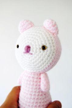 Amigurumi Chat couleur rose pastel prêt à être envoyé par avoiretc (juillet 2013)