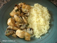 Betty's Cuisine: Κοτόπουλο με μανιτάρια και βότκα