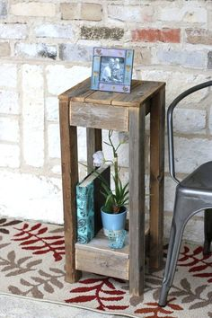 Take a look at this Natural Reclaimed Wood Accent Table today! Wooden Pallet Projects, Small Wood Projects, Diy Pallet Furniture, Rustic Furniture, Cheap Furniture, Repurposed Wood Projects, Wood Projects That Sell, Wood Projects For Beginners, Furniture Stores