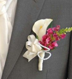 Wedding Flowers for a Groom with an Artificial Calla Lily & Ivory Pearl loops