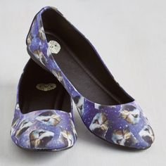 New in box cat space print flats Cat and space print flats by T.U.K. Brand new in box and never worn ballet flats. Man made materials. Size 8. No PP or trades. ✨ T.U.K. Shoes Flats & Loafers