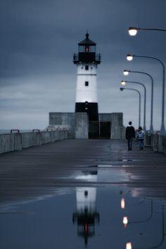 Duluth Harbor North Breakwater Light, MN. by daneejanee