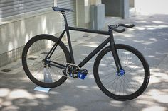 ... | Unique, custom-made fixed gear and single speed bikes from Berlin