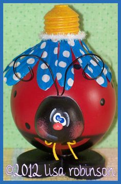 NEW pdf epattern LadyBug recycled Light Bulb hp spring bug ofg prim chick… Vanity Light Bulbs, Light Bulb Art, Light Bulb Crafts, Recycled Light Bulbs, Painted Light Bulbs, Lady Bug, Christmas Light Bulbs, Old Lights, Tole Painting