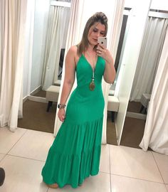 Fashion Wear, Look Fashion, Fashion Dresses, Womens Fashion, Dressing Over 50, Maternity Fashion, Green Dress, Frocks, Dress Skirt