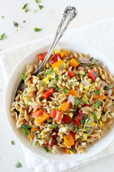 guardians-of-the-food:Bell Pepper and Corn Pasta Salad