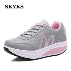 SKYKS Mujeres Zapatos Aumento de la Altura plataforma de la cuña Zapatillas de Deporte al aire libre mujer muchacha mujer Fitness zapatos Casuales Zapatos de Mujer(China (Mainland))