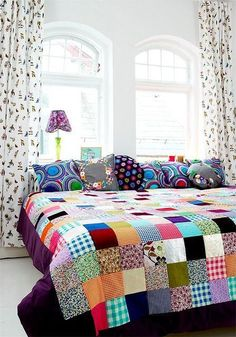 When you say patchwork the first thing that comes to mind is Grandma's patchwork quilt. While vintage quilts are lovely, the patchwork I a. Color Inspiration, Interior Inspiration, Decoration Shabby, Patchwork Quilting, Patchwork Bedspreads, Patchwork Blanket, Patchwork Ideas, Quilt Making, Sweet Home