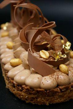 Tarte croustillante cacahuète / chocolat au lait
