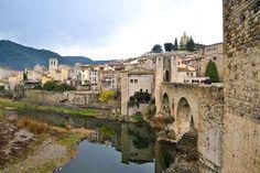 Google Image Result for http://www.cataloniatravelguide.com/wp-content/uploads/2012/09/Besalu_bridge001.jpg
