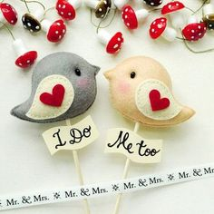 LOVE BIRDS Wedding Cake Topper Name Personalized and Custom Color (listing of 2 birds) - Wedding Decor, Party Favors Bride Friendship Gift Wedding Favours, Wedding Gifts, Wedding Cakes, Party Favors, Old Fashioned Wedding, Love Birds Wedding, Personalized Wedding Cake Toppers, Bird Theme, Wedding Topper