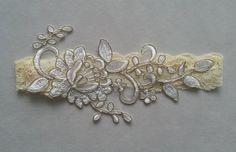Free ship yellow ivory gold wedding garter bridal garter set bridal prom party woman Lolita garter prom party bridesmaid gift