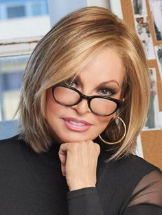 Find Play it Straight Wig by Raquel Welch Wigs. A tapered shag that sits just at the shoulders with straight, shattered layers. Medium Bob Hairstyles, 2015 Hairstyles, Short Hairstyles For Women, Straight Hairstyles, Pretty Hairstyles, Black Hairstyles, Bob Haircuts, Braided Hairstyles, Ladies Hairstyles