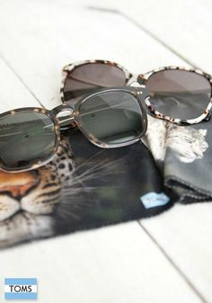 Each item in the TOMS and National Geographic Big Cats Collection features design elements that represent a big cat as well as iconic photography from National Geographic's image library.