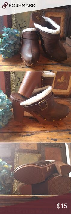 Comfy Clog Platforms Pre Loved size 9 Clogs with faux lamb wool detail and brass hardware. Worn once Cato Shoes Ankle Boots & Booties