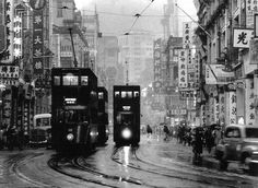 That is what Hong Kong looked like in the Is that much different from now? Fan Ho, Tramway, China Hong Kong, Old Photography, Street Photography, Urban Life, Vintage Photographs, Shanghai, Old Photos