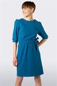Birgit & Benny klänning Rut blå med röda knappar