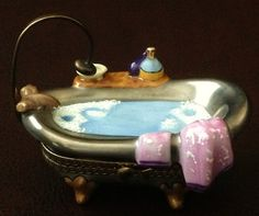Chanille Golden Footed Bathtub Limoges Box