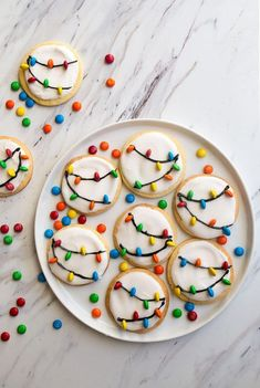 Christmas Light Cookies diy christmas gifts, christmas holiday crafts, christmas gifts for inlaws 60 of the BEST Christmas Cookie Recipes - we spent hours finding the highest rated Christmas Cookies so you will easily have all of them in one place! Sugar Cookie Recipe Small Batch, Easy Cookie Recipes, Cookie Ideas, Snacks Recipes, Drink Recipes, Cake Recipes, Christmas Sugar Cookies, Holiday Cookies, Decorated Christmas Cookies