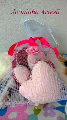 Móbile pérolas,perfeitos para decorar o quarto e presentear !!!!Feito em tecido algodão e renda,enchimento acrílico anti-alérgico!