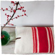 Kussen van een oude deken...