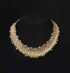 Supreme Minimal accessories minimalist jewelry,Fashion jewelry shop and Dainty jewelry inspiration. Cute Jewelry, Modern Jewelry, Boho Jewelry, Jewelry Art, Vintage Jewelry, Fashion Jewelry, Jewelry Design, Unique Jewelry, Etsy Jewelry