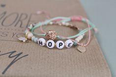 DIY Inspiration: Buchstaben Armbänder - ♥ Lieblingsmädchen
