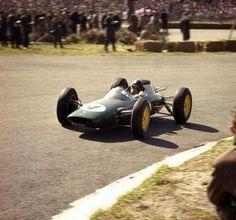 1962 Dutch GP, Zandvoort : Jim Clark, Lotus-Climax 25 #4, Team Lotus, 9th. (ph: © Popperfoto)