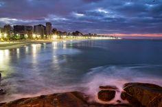 Amanhecer no Rio para o Globo online, visto do início da Av. Niemayer. Foto: Fernando Quevedo / Agência O Globo 17/05/2015