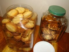 Condensed Milk Biscuits – Fired Up Cooking SA Best Sugar Cookie Recipe, Best Sugar Cookies, Cookie Recipes, Condensed Milk Biscuits, Cook N, Cabbage Recipes, Biscuit Recipe, Kos, Almond