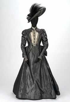 Costume for Lady Bracknell in Oscar Wilde's 'The Importance of Being Earnest', London, 1993. Museum no. S.108-1993