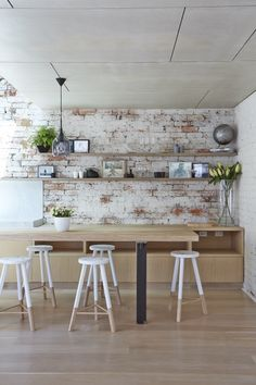 Gallery Of Nick + Han's House By Po Co Architecture Local Design And Interiors Prahran, Vic Image 7 Skandi Kitchen, Kitchen Dining, Dining Rooms, Contemporary Architecture, Interior Architecture, Interior Design, Modern Traditional, Decoration, Kitchen Interior