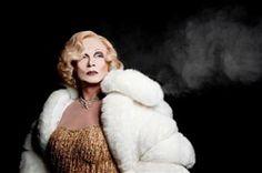 Torna in scena Quince, l' uomo che diventò Marlene Dietrich