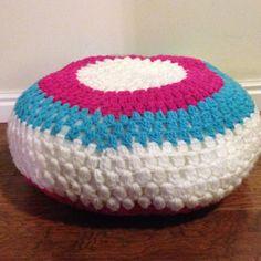 A little seat....   Crochet