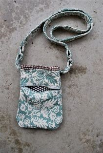 Tutorial: Just A Little Purse for your essentials