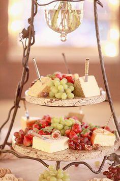 fruit and cheese board http://www.weddingchicks.com/2013/10/11/alabama-wedding/