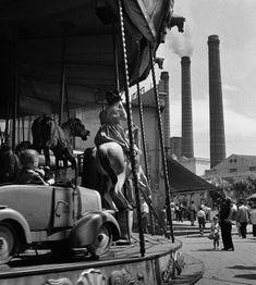Català-Roca, Francesc: Carrusel del Paralelo. Barcelona 1950 (ca.)