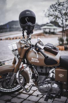 Enfield Bike, Enfield Motorcycle, Motorcycle Style, Women Motorcycle, Motorcycle Quotes, Cruiser Motorcycle, Motorcycle Helmets, Whatsapp Dp, Royal Enfield Hd Wallpapers