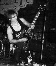 Félix Milla (Lion Rocker)  Descubre la biografía de Félix Milla (Lion Rocker) increíble guitarrista con una trayectoría increíble, descubre su música y equipo  #felixmilla #guitarraelectrica #guitarraespañola