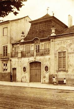 Old Pictures, Lisbon, Portuguese, Romania, Touring, Palaces, Black And White, History, Architecture