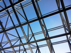 Dach Metallkonstruktionen: I-/U-Träger; sowohl in S235 / S355, als auch in Edelstahl / Niro Taps, Stainless Steel, Pipes, Sheet Metal, Spot Lights