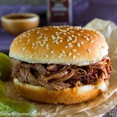 Dinnertime is made easy with this amazing Slow Cooker Beef Brisket Sandwich Recipe! Grab just a few ingredients and let this cook while you work. Slow Cooked Meals, Slow Cooker Beef, Slow Cooker Recipes, Rub Recipes, Beef Recipes, Cooking Recipes, Healthy Cooking, Fish Recipes, Cake Recipes