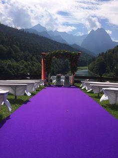 Freie Trauung auf der Bergwiese Herbst-Hochzeit in den Bergen, Lila, Orange…