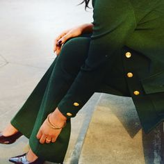 St. John Power Suit  #suit #weartowork #green #powersuit